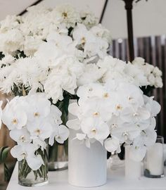 White with white 🥚 Bar bloom clusters at Anastasia & Tomas' reception 🐇 Event concept, styling, coordination, wizar White Wedding Flowers, Floral Wedding, Wedding Bouquets, White Flowers, Faux Flowers, Wedding Dress, Floral Centerpieces, Floral Arrangements, Centrepieces