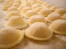 Cocina – Recetas y Consejos Kitchen Recipes, Snack Recipes, Pasta Recipes, Cooking Recipes, Snacks, Empanadas Recipe Dough, Argentina Food, Argentina Recipes, Pasta Casera