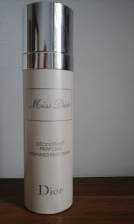 Cosmetics & Life: Review: Deodorantul vaporizator Miss Dior de la Di...