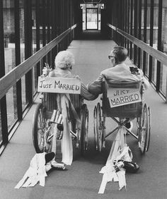 Newlywed Elderly Couples Proving It Is Never Too Late To Find True Love (20 pics)