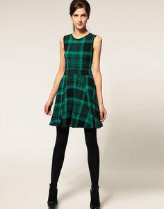 Plaid dress // nice skirt form