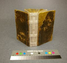 links to bookbinding tutorials and references from Book Arts Web #handmade_books #bindings