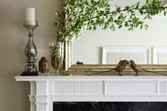 Feng Shui Tips for Improving Your Mood and Finances - PureWow Classy Living Room, Formal Living Rooms, Modern Living, Sitting Room Decor, Mantle Piece, French Country Style, Interior Design Services, Feng Shui, Living Room Furniture