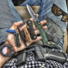 Survival Tips – What to Do When Kidnapped – Bulletproof Survival Tactical Life, Edc Tactical, Tactical Knives, Krav Maga, Edc Essentials, Everyday Carry Gear, Survival Gear, Survival Supplies, Best Pocket Knife