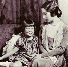 Gloria Morgan Vanderbilt August 1904 – 13 February was a Swiss-born… Cornelius Vanderbilt, Gloria Vanderbilt, Vanderbilt Houses, Anderson Cooper Mother, Poor Little Rich Girl, People Of Interest, High Society, Interesting History, Women In History