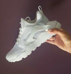 buy popular bf24b 1cf54 Cop or Can  Nike Women s Air Huarache Run Ultra BR