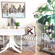 """Lifestyle blogger Carrie Bradshaw Lied transformed her mom's old drop leaf table into something more """"her"""" using Country Grey + Old White Chalk Paint®. Follow Unfolded on Instagram for more inspiration!"""