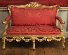 Settee, probably from Lady Leicester's dressing room, Holkham Hall, William Kent, 1736 Georgian Furniture, Antique Furniture, Furniture Makers, Antique Chairs, Classic Furniture, Sofa Chair, Armchair, Chair Cushions, Art Nouveau