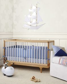 Caravan Crib by Kalon StudiosCaravan Crib by Kalon Studios