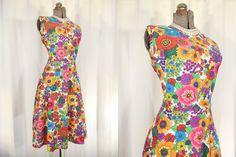 1950s Dress// Swing Dress// Bright Floral Dress// XL Dress// Full Circle Skirt// 50s Dress// Day Dress// Fit Flare Dress// 1950s XL Dress by RockabillyRavenVtg on Etsy