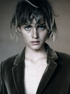 Amber Valletta photographed by Paolo Roversi for Glamour FR 1994