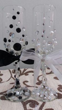 Taças personalizadas para o brinde dos noivos! para fotos inesquecives!