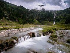 Ampitheater Tyrol Nature [oc] [4000 x 3480]