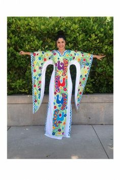 Nativa, a shop in SA that sells gorgeous Mexican clothing. Try to go in August!