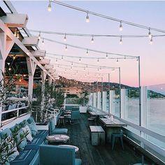 "9,121 Likes, 129 Comments - Show Me Your Mumu (@showmeyourmumu) on Instagram: ""Dinner at dusk ✨ via @whitneybearr"""