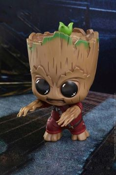 Hot Toy have revealed their line of Guardians of the Galaxy Vol. 2 Cosbaby bobble-head figures including a Baby Groot three pack! Disney Drawings, Cute Drawings, Groot Toy, Stitch Disney, Baby Animals, Cute Animals, Groot Guardians, Cute Disney Wallpaper, Marvel Wallpaper