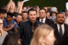 "Chris Evans Photos Photos - Actor Chris Evans attends the premiere of Radius and G4 Productions' ""Before We Go"" at ArcLight Cinemas on September 2, 2015 in Hollywood, California. - An Alternative View of Radius and G4 Productions' 'Before We Go'"