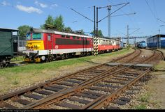 RailPictures.Net Photo: CD 242 239 2 Ceske Drahy CD 242 at Ceske Budejovice, Czech Republic by Jaroslav Dvorak