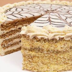 Ez a krémes, diós Eszterházy-torta igazi ünneppé varázsolja a vasárnapi közös ebédet. Hungarian Cake, Hungarian Recipes, Fun Desserts, Dessert Recipes, Vanilla Cake, Tiramisu, Food And Drink, Cooking Recipes, Snacks