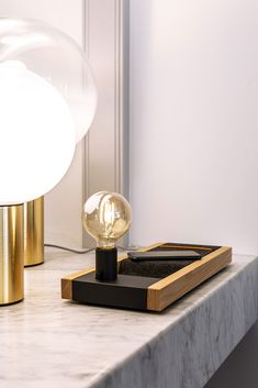 Illuminated Docking Station with USB charger for 5 devices. To give serenity and the feel of quality while charging in high style. Smart Design, Docking Station, Interior Accessories, Interior Lighting, Organization, Heavenly, Serenity, Charger, Deck