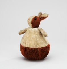 or roll.A German Steiff Roly-Poly rabbit, Height 21 cm. Jack In The Box, Antique Teddy Bears, Christmas Teddy Bear, Modern Toys, Easter Sale, Vintage Easter, Antique Toys, Old Toys, Softies