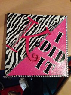 """""""Thanks mom and dad (in pink)"""" grad cap."""
