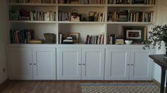 Puertas en libreria modelo HOPPER #lacada en #blanco con @puertascastalla