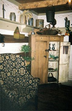 "Colonial Primitive Living Room ""Keeping Room"""