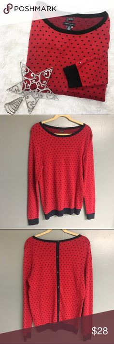 NWOT Tommy Hilfiger Button Back Polka Dot Sweater Adorable new without tags never worn Tommy Hilfiger red and navy blue polka dot sweater. The mock buttoned back adds a cute, unique touch without the hassle or worry of a wardrobe malfunction! Perfect for the upcoming holiday season. Perfect condition size XL Tommy Hilfiger Sweaters