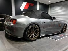M3 Tuning, Bmw Z4 Roadster, Modified Cars, Bmw Cars, Cars And Motorcycles, Racing, Japan, Car Stuff, Martini