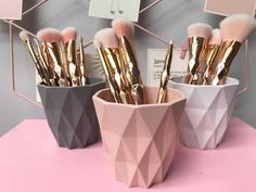 hair and makeup organization bedroom ~ hair and makeup - hair and makeup tips - hair and makeup ideas - hair and makeup organization - hair and makeup wedding - hair and makeup quotes - hair and makeup vanity - hair and makeup organization bedroom Gold Room Decor, Makeup Room Decor, Cute Room Decor, Gold Bedroom, Makeup Rooms, Diy Makeup Organizer, Makeup Storage Organization, Organization Ideas, Room Ideas Bedroom