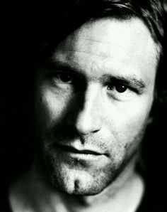 217 Best Aaron Eckhart Images Actor Handsome Hollywood