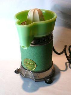VINTAGE JUICIT BY HANDYHOT ART DECO JADEITE JADITE GREEN KITCHEN JUICER SUNKIST | eBay