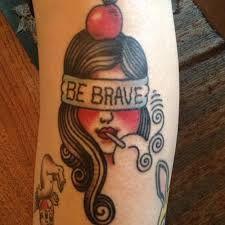 Risultati immagini per tattoo braccio donna ancora