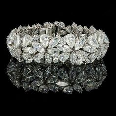 Best Diamond Bracelets : HARRY WINSTON, New York, Marquise, pear & round diamond Abstract bracelet. Jewelry Box, Jewelry Accessories, Fine Jewelry, Geek Jewelry, Jewelry Necklaces, Statement Necklaces, Bullet Jewelry, Jewelry Stores, Fashion Jewelry