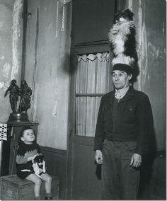 Donio, Dresseur du Chien, Robert Doisneau 1946