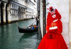 velencei karnevál - Google-keresés Boat, Google, Dinghy, Boats, Ship
