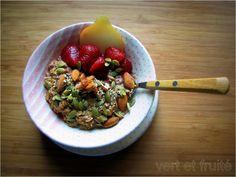 Voici une petite recette rapide pour un déjeuner super nutritif! Le gruau n'a rien de plate; bien au contraire, il est très versatile. Je l'ai longtemps boudé en raison de sa texture que je trouvai...