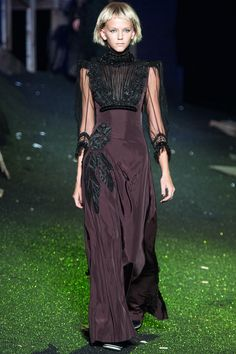 Marc Jacobs Spring 2014 RTW - Review - Fashion Week - Runway, Fashion Shows and Collections - Vogue