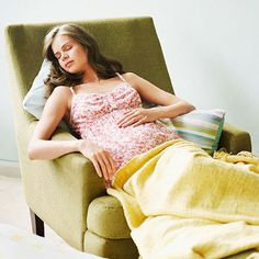 26 easy fixes for the most common #pregnancy issues, from morning sickness to swelling.