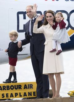 catherine-duchess-cambridge-prince-william-leaving-canada-royal-tour-fashion-catherine-walker-l-k-bennett-tom-lorenzo-site-6
