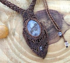 Carved crystal quartz macrame necklace healing by SelinofosArt
