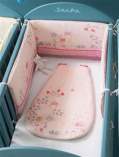Tour de lit bébé brodé thème fleurs ROSE - vertbaudet enfant
