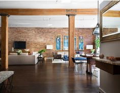 if i were to loft, it would be with wood pillars.