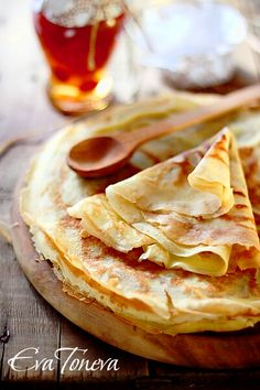 what i would actually eat- plain crepe with butter and sugar, in this case, honey....