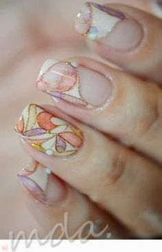 pastel and gold nails - Need these done!!!