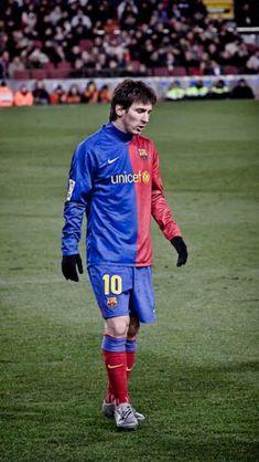Barcelona Football, Fc Barcelona, Lionel Messi Barcelona, Best Football Players, Soccer Players, Soccer Cleats, James Rodriguez, Cristiano Ronaldo, Sport