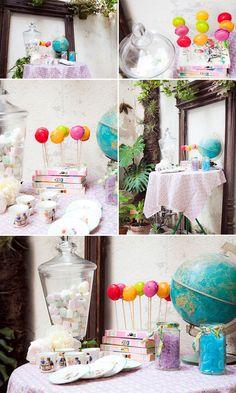 Presentoir à gourmandise , bonbons, sucettes ... avec des livres / Idée déco anniversaire enfant
