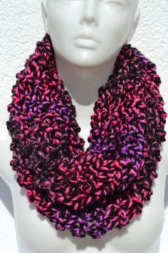 gestrickt - Loop Schlauchschal Schal bunt meliert gestrickt - ein Designerstück…