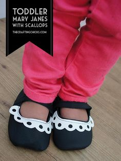 DIY Toddler Scallop Mary Janes